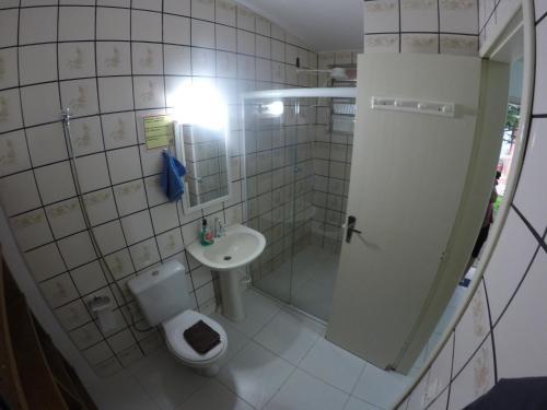 Um banheiro em On The Road Hostel Campeche