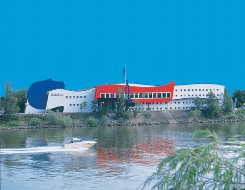 Rotel Inn