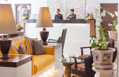 De lobby of receptie bij Siam Bayshore Resort Pattaya