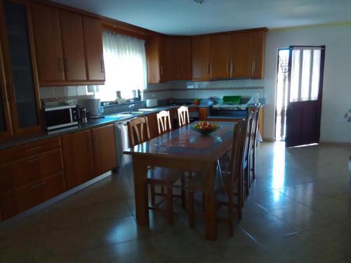 A kitchen or kitchenette at Belavista