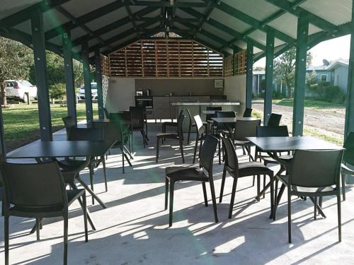 A restaurant or other place to eat at NRMA Port Campbell Holiday Park