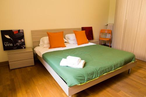 A bed or beds in a room at The Wesley Rome