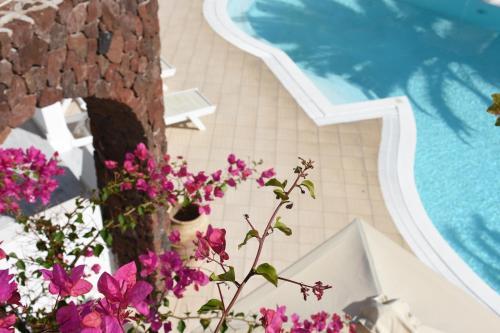 Vue sur la piscine de l'établissement Arion Bay ou sur une piscine à proximité