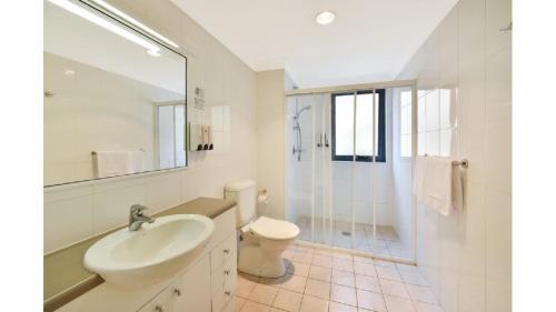 A bathroom at No.28 - The Studio