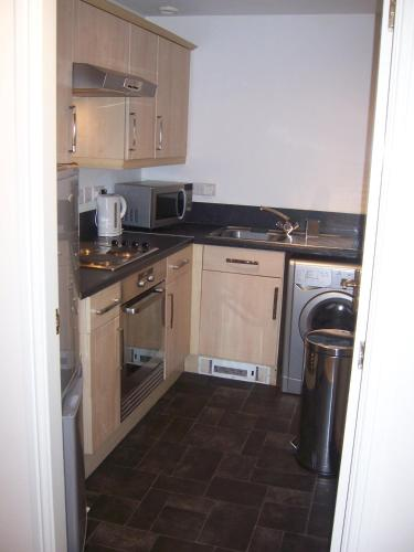 Livingston Contractor and Business Apartment