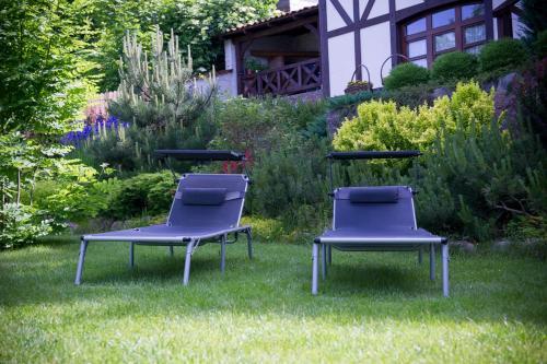 Ogród w obiekcie Willa Szara Sowa