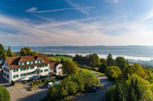 Blick auf Hotel Wassberg aus der Vogelperspektive