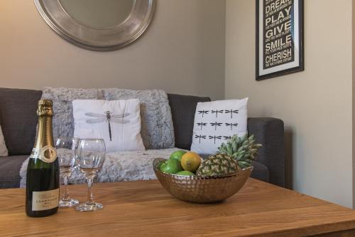 Accommodation Windsor Ltd - Lord Raglan House One Bedroom