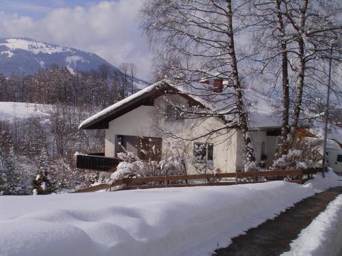Haus Kranzusch during the winter