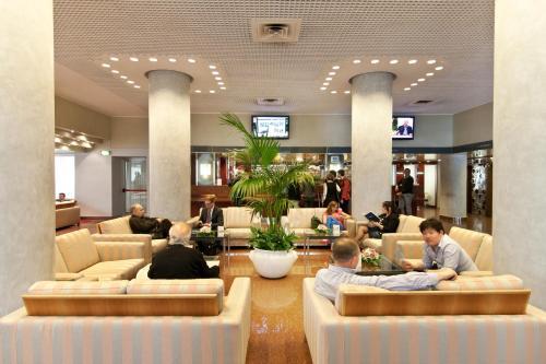 Hall ou réception de l'établissement Hotel Michelangelo