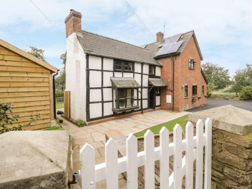 Orchard View, Leominster
