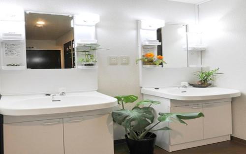A bathroom at Akihabara Hotel 3000