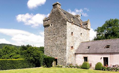 Bowhill Chateau Sleeps 10 WiFi