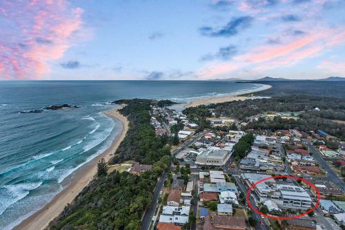 A bird's-eye view of No 5 Rockpool 69 Ave Sawtell