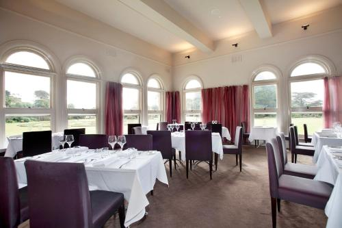 A restaurant or other place to eat at Lancemore Mansion Hotel Werribee Park