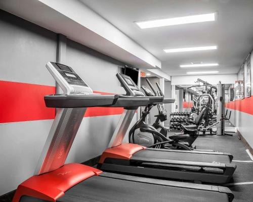 The fitness center and/or fitness facilities at enVision Hotel Boston-Longwood, Ascend Hotel Collection