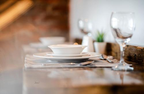 A restaurant or other place to eat at Home At The Mill Call to Book