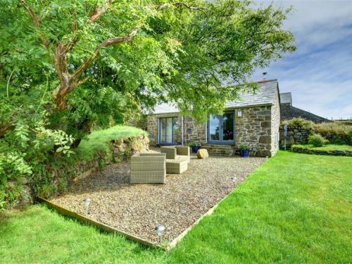 Attractive Holiday Home in Saint Breward with Private Garden