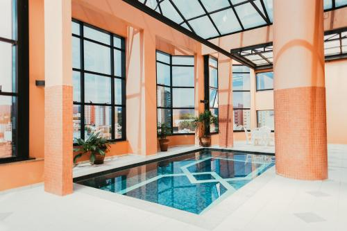 The swimming pool at or near Summit Center Park Hotel