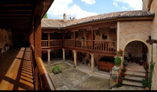 A balcony or terrace at Posada de San Millán