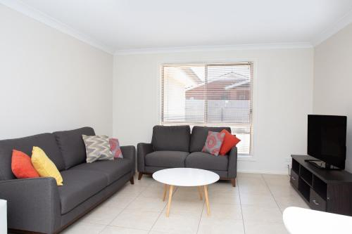 A seating area at Lovely 3 Bed, 2 Bath in the City Centre