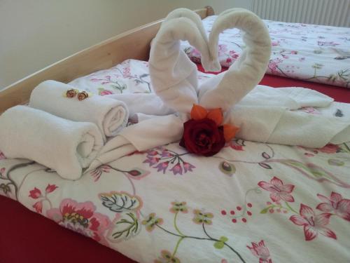 Ein Bett oder Betten in einem Zimmer der Unterkunft Stübilerhof