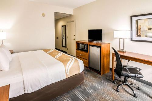 A television and/or entertainment center at Quality Inn Alexander City