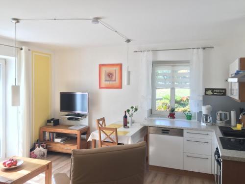 Küche/Küchenzeile in der Unterkunft Ferienwohnung Kalin