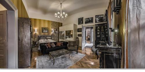 אזור ישיבה ב-Boudoir Budapest Apartment