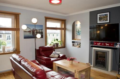 2 Bedroom Flat with Private Garden