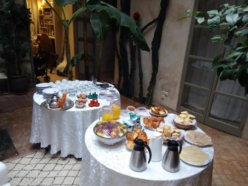 Breakfast options available to guests at Riad Vendôme & Spa