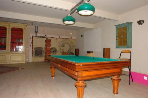A pool table at Domaine de Maleval