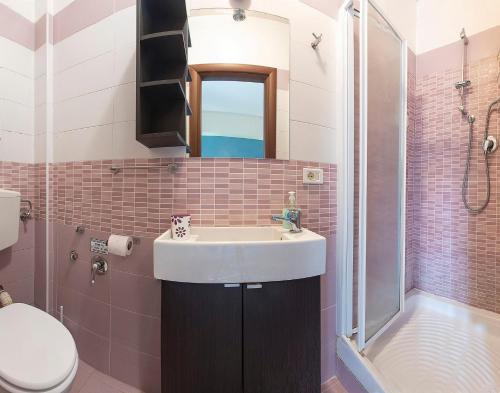 A bathroom at B&B Zen Trastevere