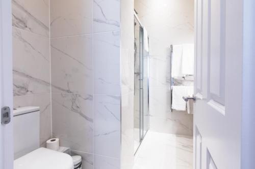 Un baño de The Mornington Camden