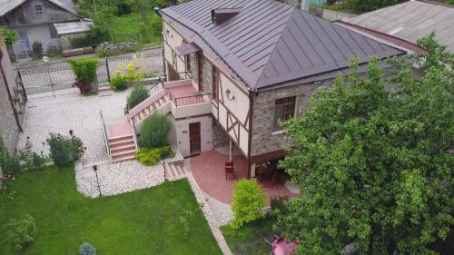A bird's-eye view of Takht House