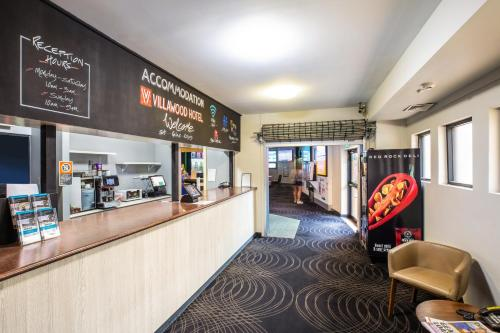 The lobby or reception area at Villawood Hotel