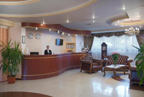 Lobby/Rezeption in der Unterkunft Dominik Hotel