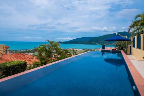 The swimming pool at or near Magnificence At Airlie