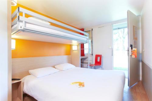 Un ou plusieurs lits superposés dans un hébergement de l'établissement Première Classe Annemasse Ville La Grand