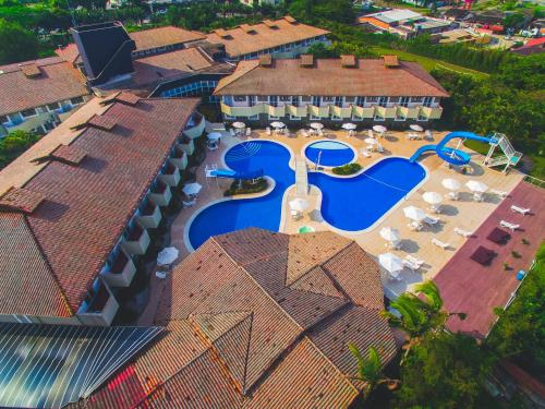 A view of the pool at Camboa Hotel Paranaguá or nearby