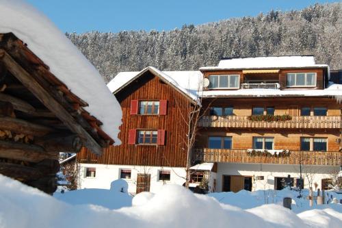Appartements Christine im Winter