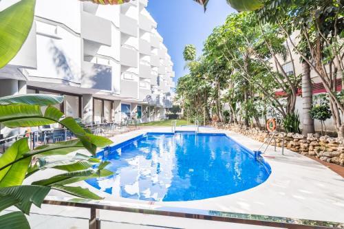 Het zwembad bij of vlak bij Roc Lago Rojo - Adults Recommended