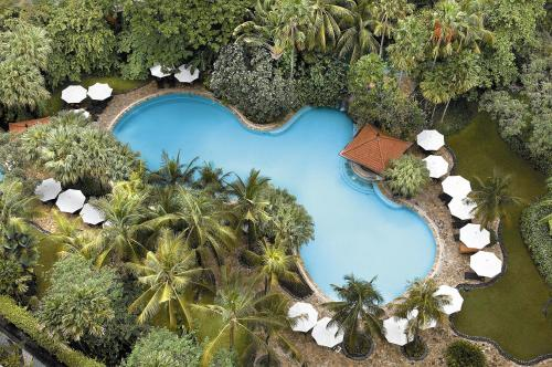 A view of the pool at Shangri-la Hotel Surabaya or nearby