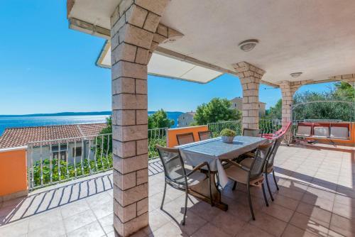Balkón nebo terasa v ubytování Apartments Babaja