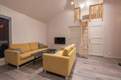 A seating area at Jølstraholmen Camping og Hytter