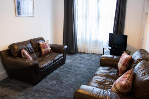2 Bedroom Property near Old Town