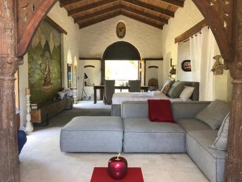 Posezení v ubytování Stone Cottage Retreat
