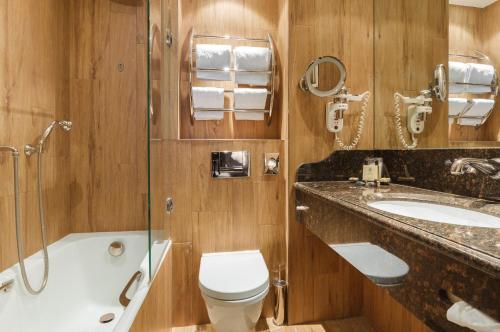 Salle de bains dans l'établissement La Perle