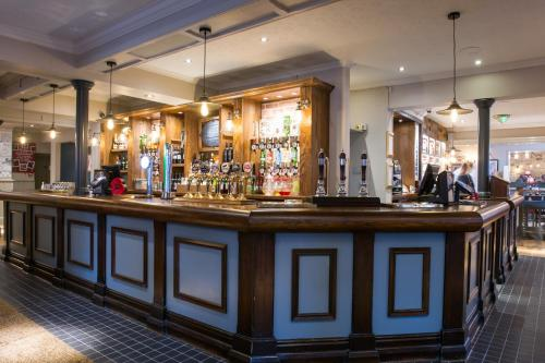 The lounge or bar area at Innkeeper's Lodge Beckenham