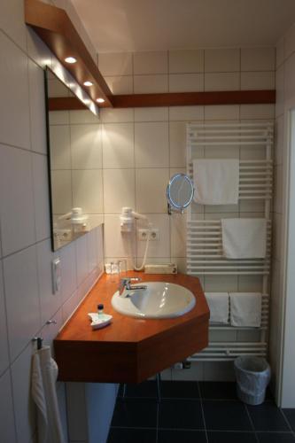 A bathroom at Bertricher Hof